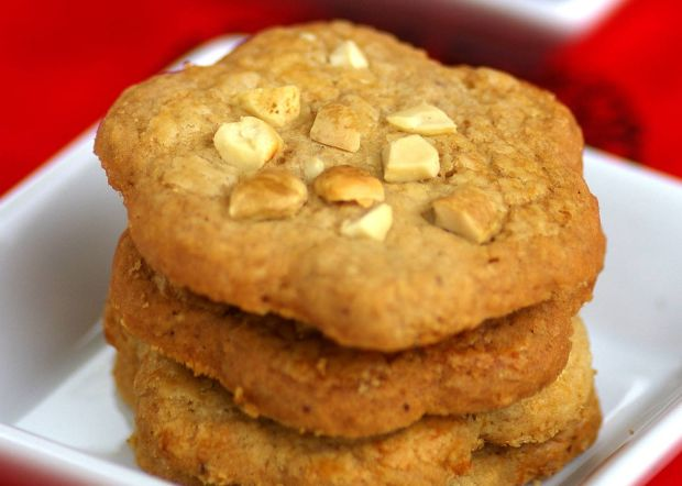 Wholemeal Cashewnut Coffee Cookies