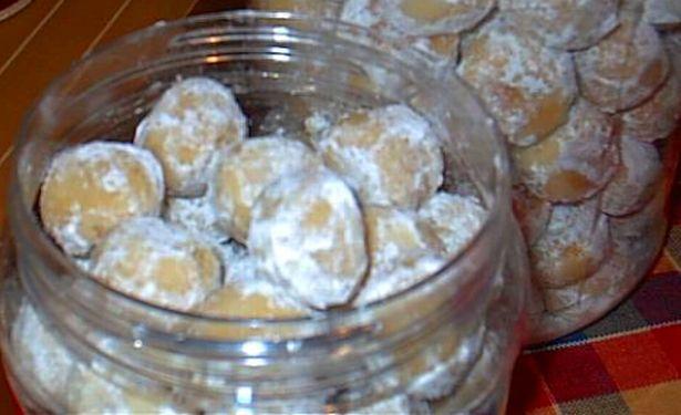 Kuih Makmur (Ghee Cookies)