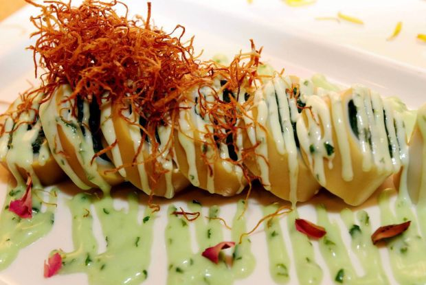 A culinary journey to hk kuali for Avant garde cuisine