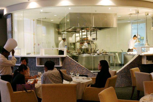 Karr Hotel Restaurant