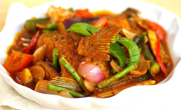 Thai Style Curry Fish Head - Kuali