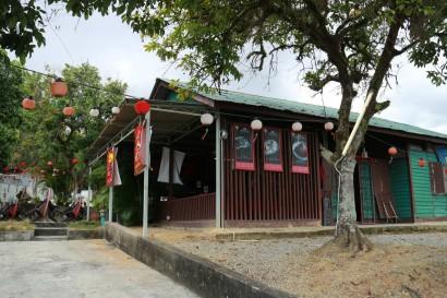 Hometown corner restaurant offers Hakka Poon Choy