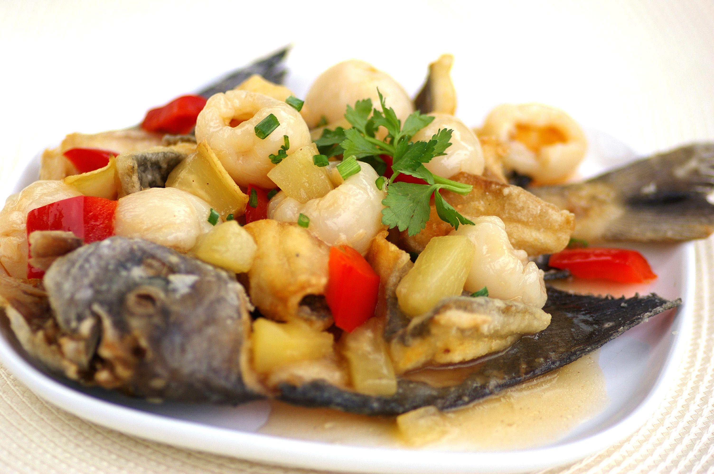 Fragrant Lychee Fish