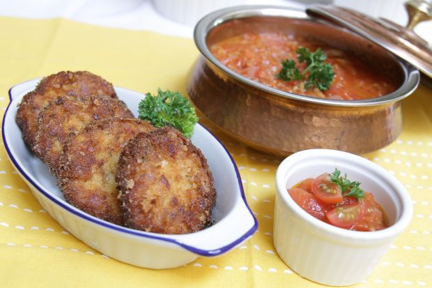 Roast Chicken Croquette with Tomato Chutney