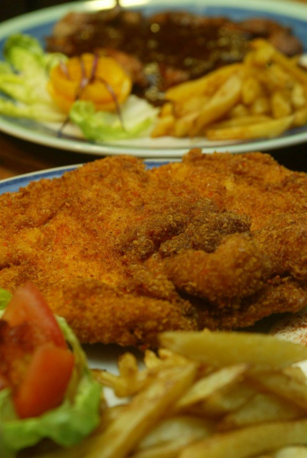 Breadcrumbs add flavour to this chicken chop. – Filepic