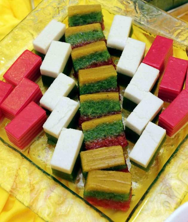 Assorted traditional Malay kuih.