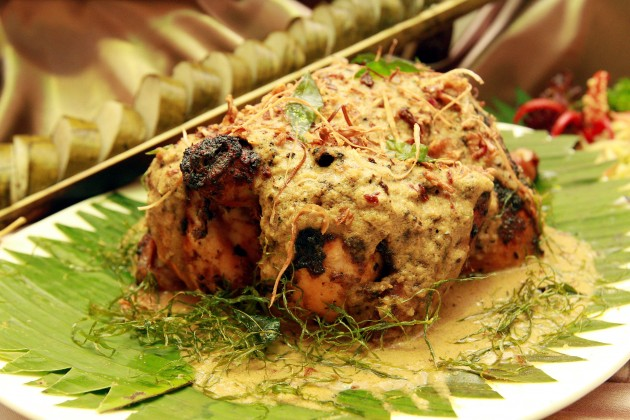 Ayam Golek: Infusing traditional herbs like cumin, coriander and black pepper, the chicken is cooked with coconut, simmered and then baked. The soft succulent chicken tastes really good with white rice.