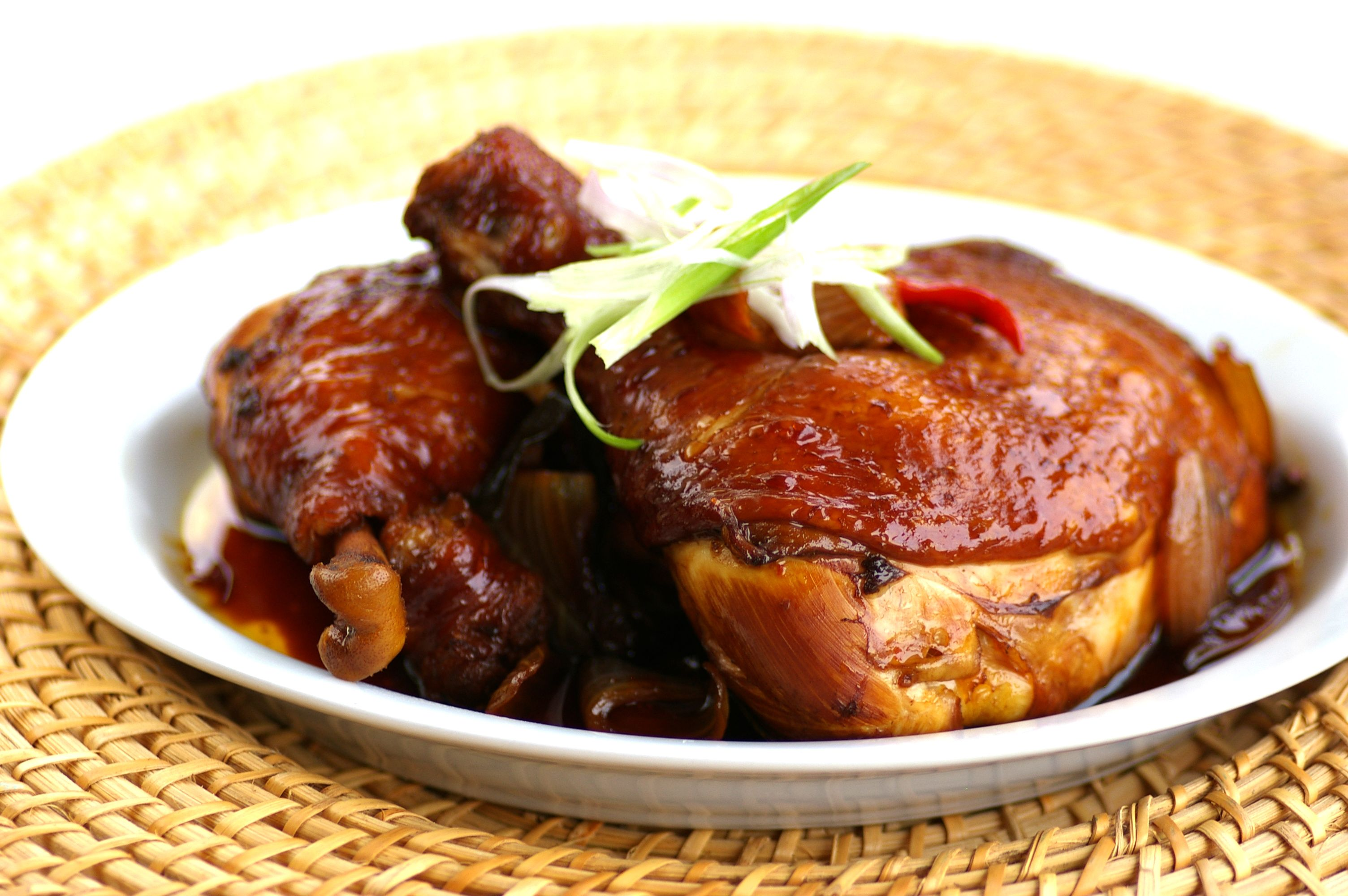 Chicken with Kicap Manis in Fragrant Spicy Sauce