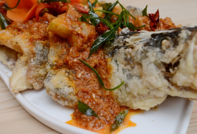 Fried Sea Bass Fillet with Malay Brown Sauce