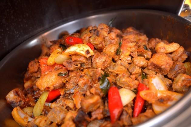 The Lamb vindaloo is an explosive dish.