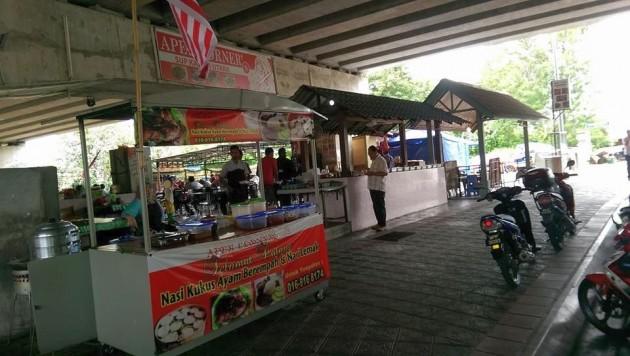 Warung Apek corner in Kampung Sungai Penchala, Kuala Lumpur.