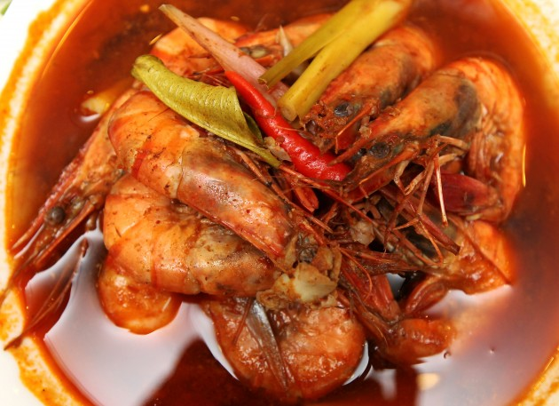 Hot and spicy prawn soup.