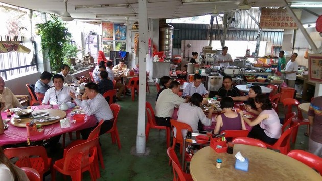 Hungry customers at Restoran Home Cook.