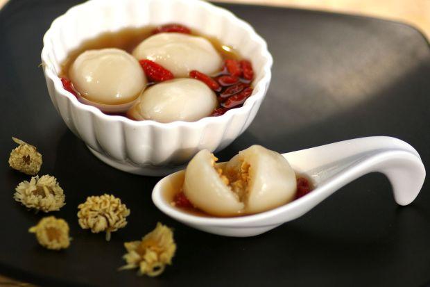 Dumpling in Fragrant Syrup