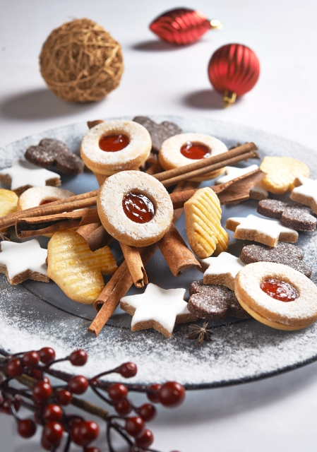 Customers can enjoy a variety of Christmas cookies.