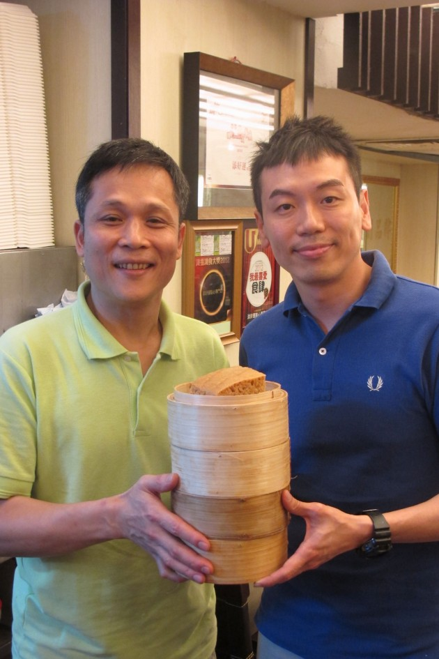 Hong Kong chef Mak Kwai Pui (left) who owns the one star Michelin restaurant Tim Ho Wan.