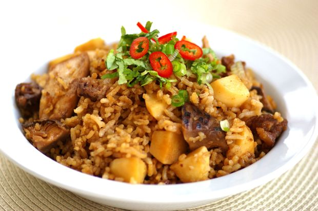 Arrowroot Claypot Rice