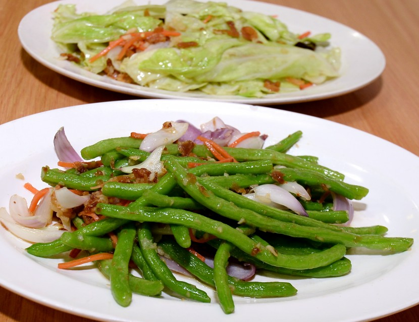 Restaurant Ju Yuan also offers standard Chinese restaurant (tai chow) fare, such as stir-fried french beans and cabbage.
