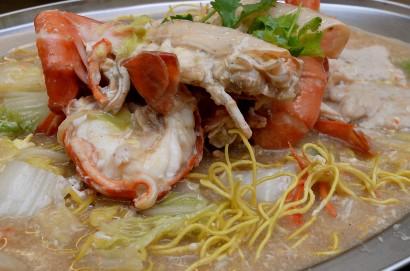 Sang Har Mee has a strong fresh prawn flavour.