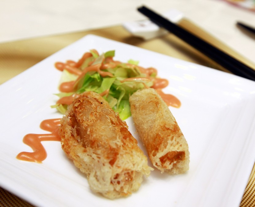 For starters, diners will be served deep fried crispy Vietnamese spring roll.