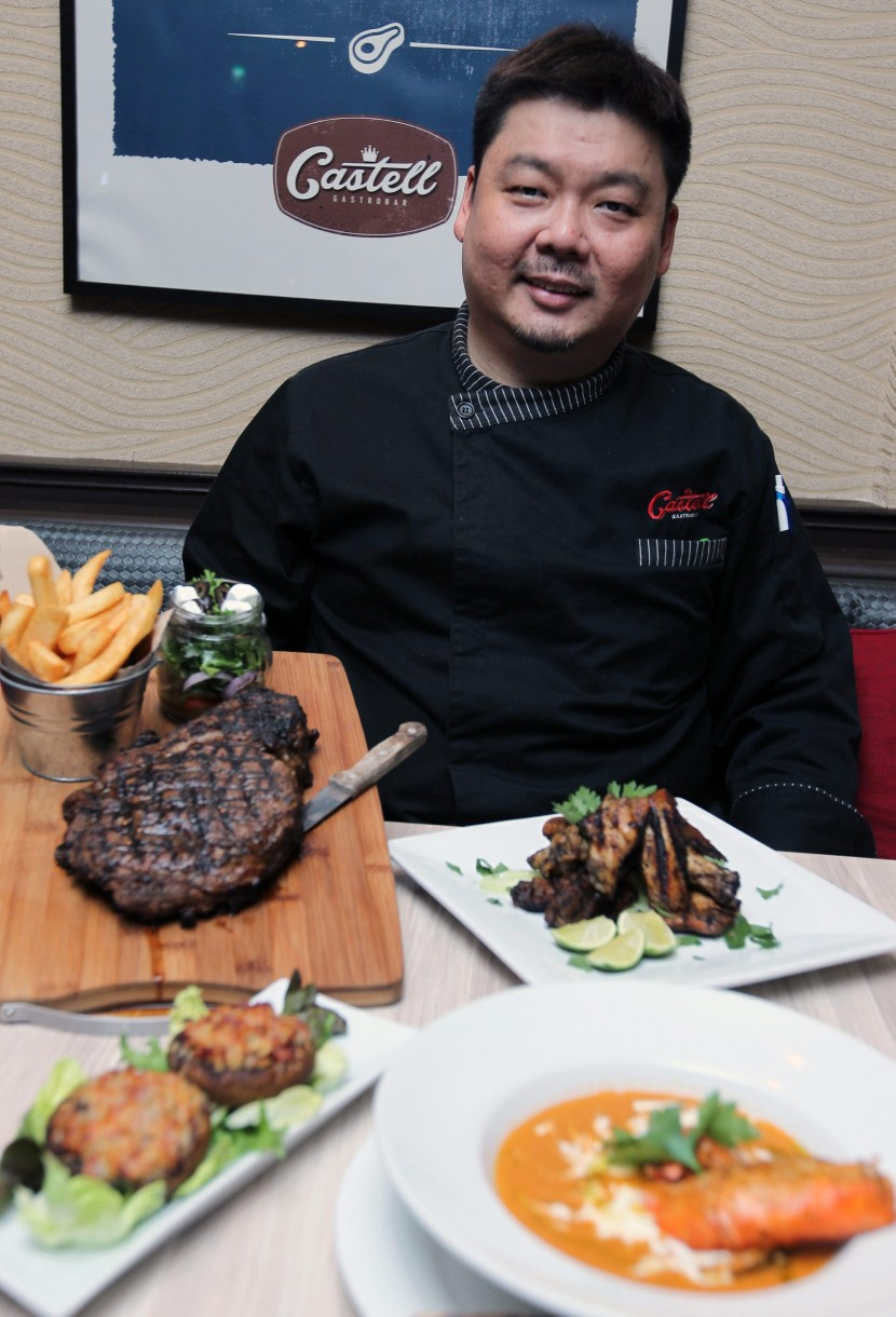 Lee says the main focus of the restaurant is to offer quality food and to keep some of the old favourites on the menu while adding some new ones.