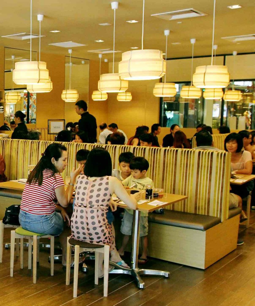With its comfortable simplistic decor, Tim Ho Wan focuses on providing quality dishes which includes desserts as well.