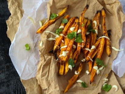 Sweet potato fries with_drizzles