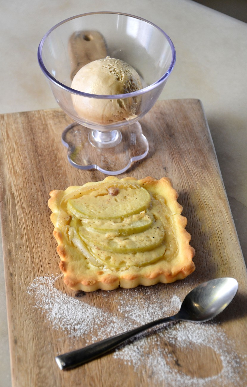 Have a Warm Apple Pie with Ice Cream to cool off after your spicy meal.