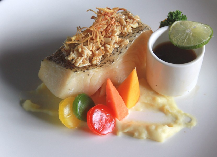 Steamed Cod with Almond.