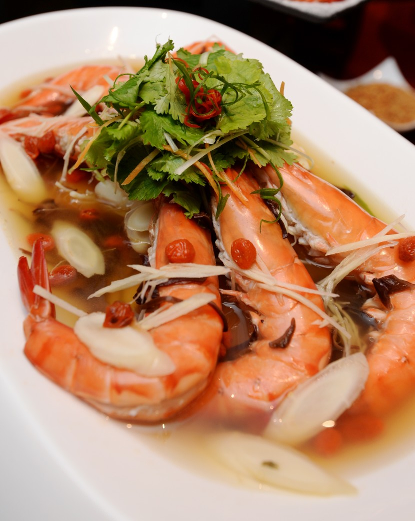 The locally sourced tiger prawn with American ginseng has a distinctive ginseng taste.