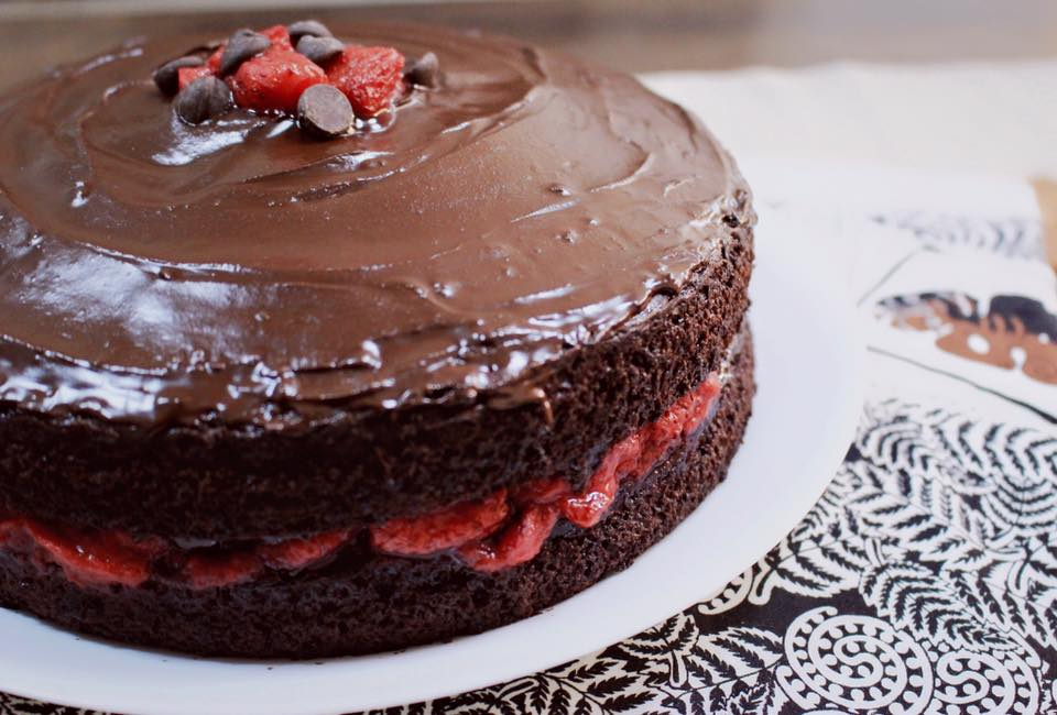 chocolate cake with strawberry filling gluten free chocolate cake with strawberries kuali 2840