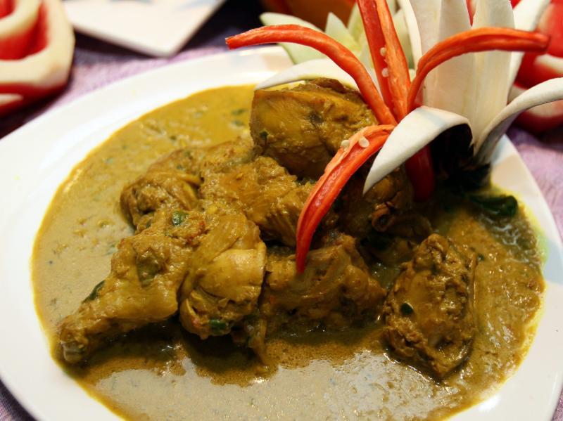 Gulai Ayam Lemak at Ritz Garden Hotel Ipoh ramadan buffet.