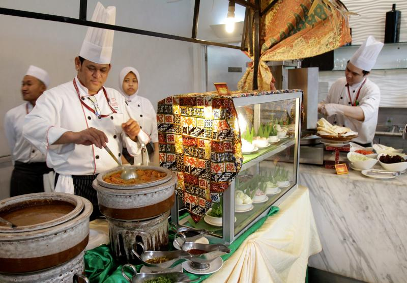 One of the more unusual items at the Kembara Desa Ramadan buffet is the Laksa Belut Kuala Kedah, which promises to make one's skin smoother.
