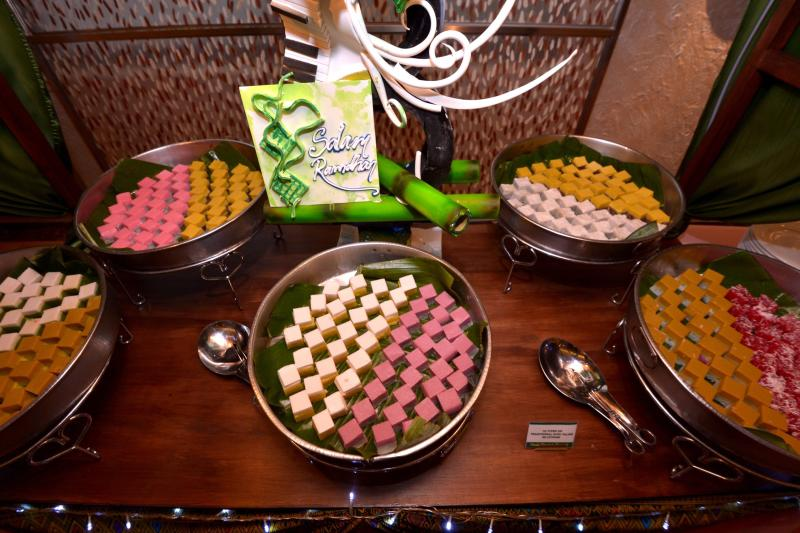 There are a wide variety of kuih bering offered at the Coffeehouse at Sunway Putra Hotel.