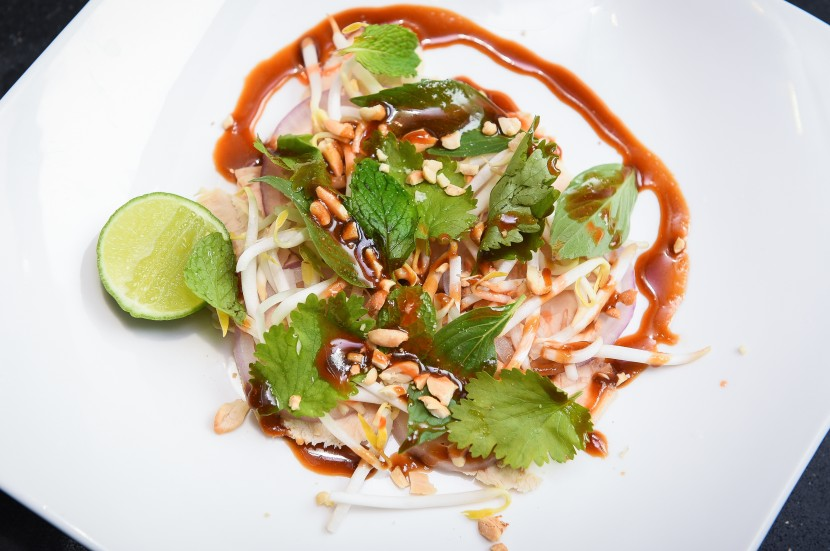Inspired' Chilled Chicken Pho Salad - Kuali