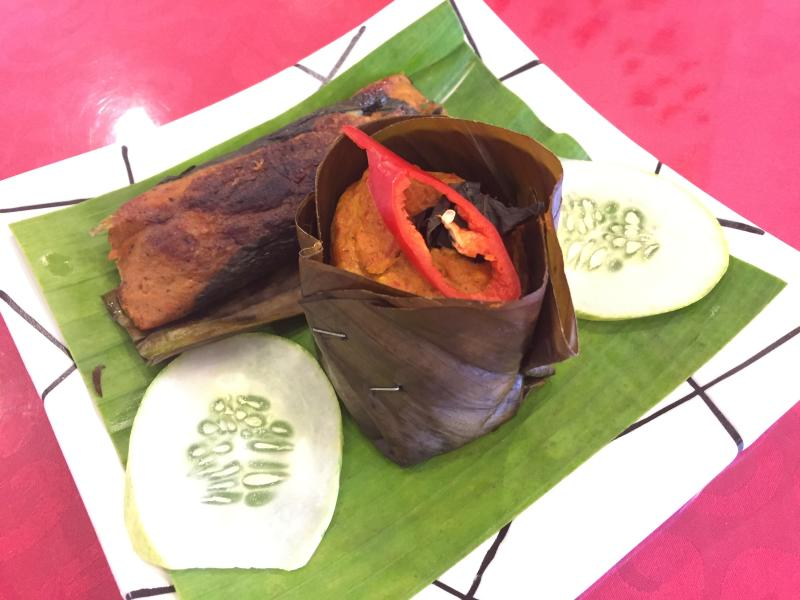 Some of the dishes that diners should try are the grilled otak-otak and steamed otak-otak.