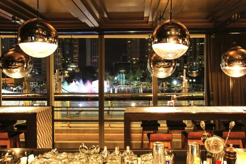 If you're in the mood for something more fancy, head upstairs to Svago for a completely different ambience.