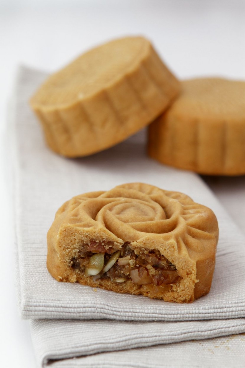Mixed Ancient Grains and Nut Mooncake