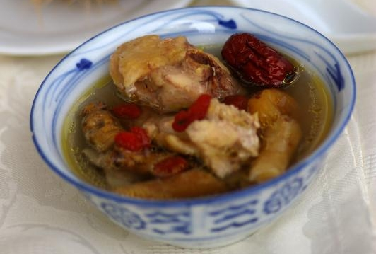 Steamed Herbal Chicken in Coconut