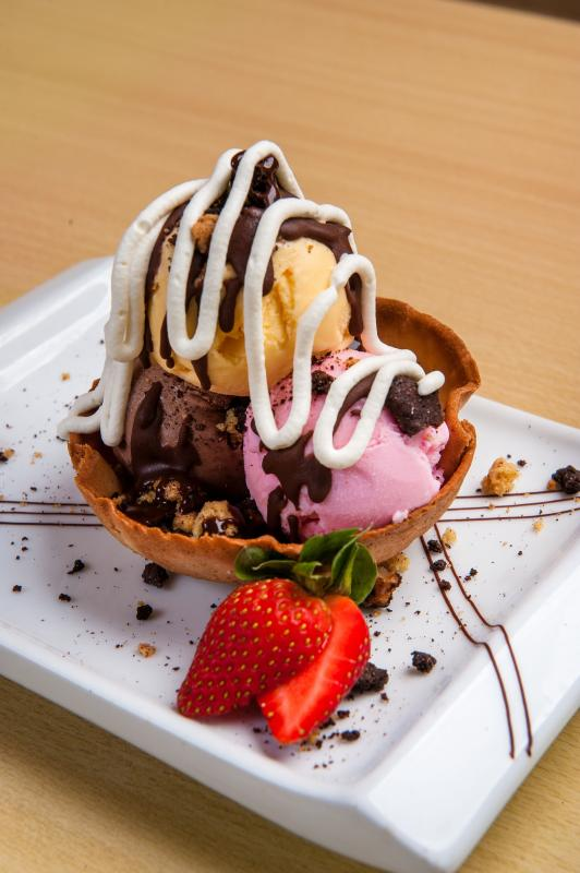 The Jen's Signature is a twist on the traditional mud pie with ice cream, chocolate and caramel sauce.