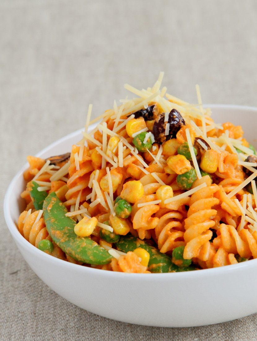 Penne Salad with Roasted Pepper Sauce.