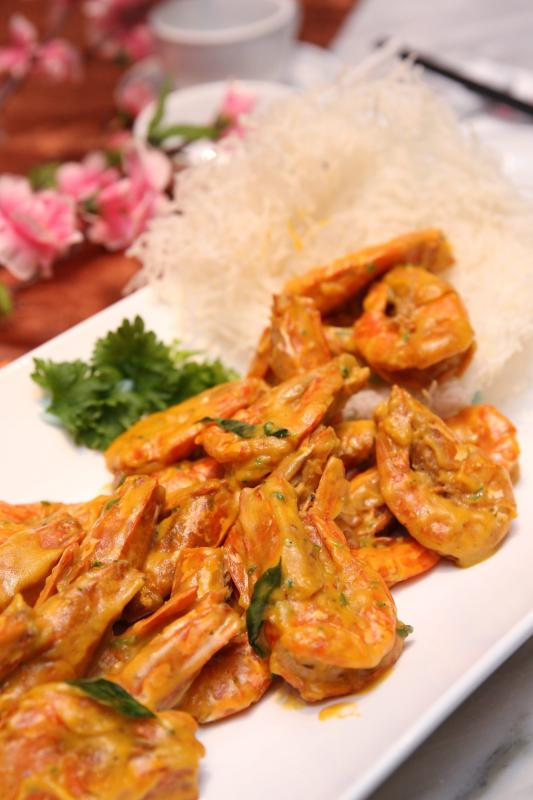 The salted egg prawn with pumpkin has a lovely balance of flavours that avoids overpowering the taste buds.