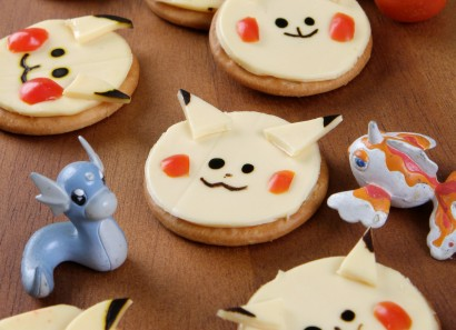 Pikachu Crackers