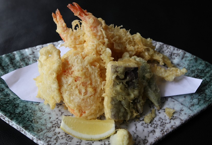 Diners should try the tempura.