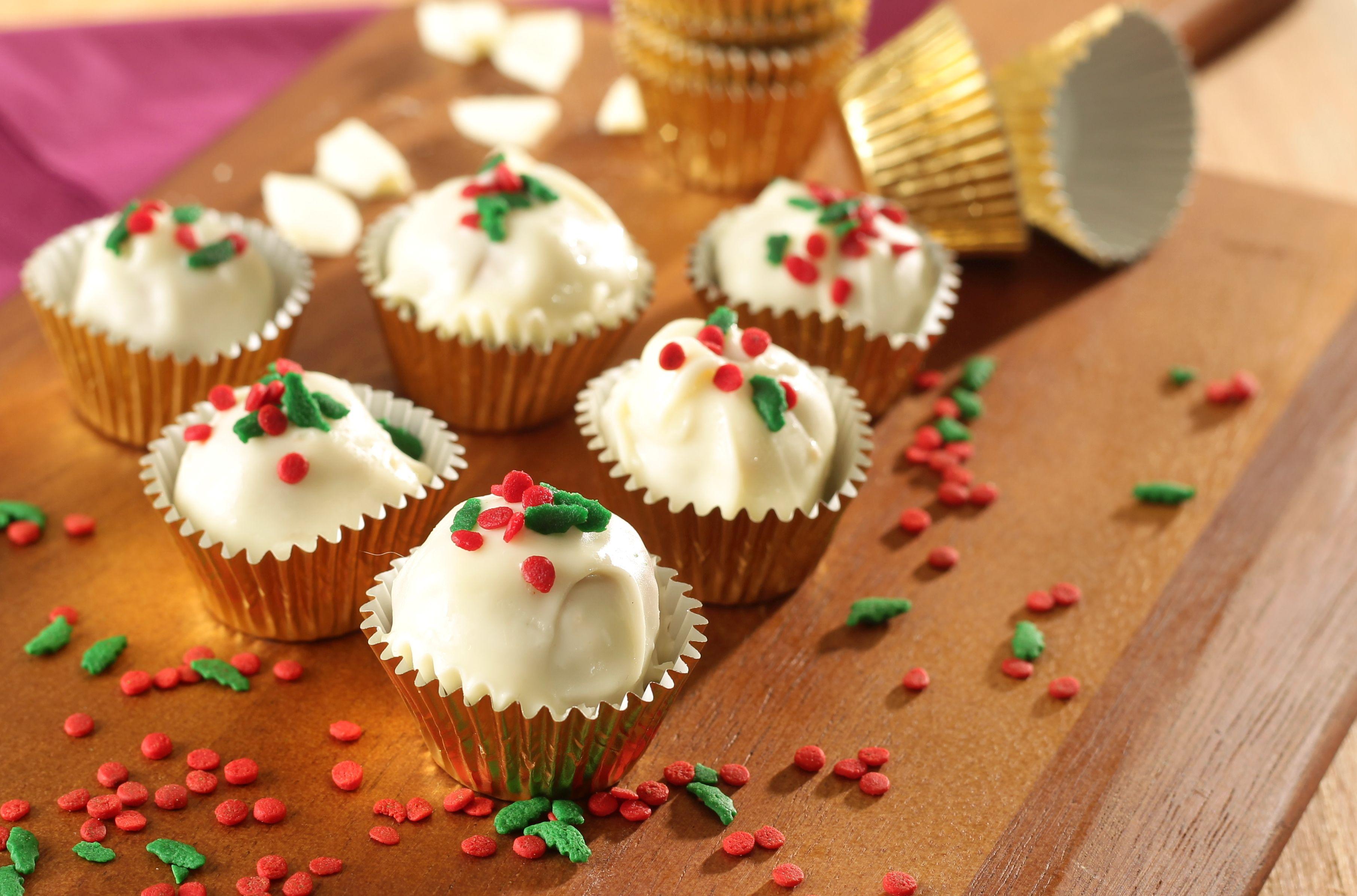 Christmas Peanut Butter Truffles