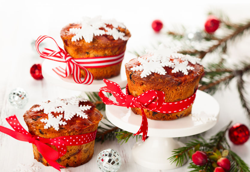 22636402 - christmas fruit cakes with sugar snowflakes