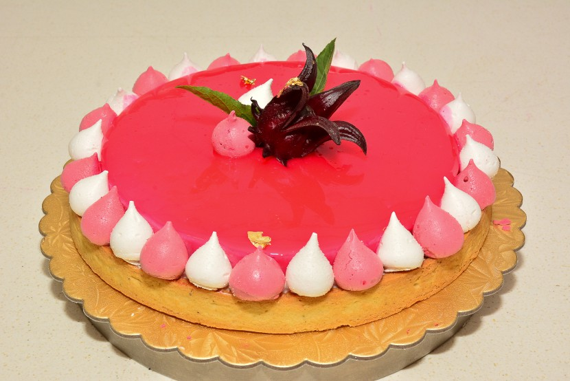Lychee and Roselle Jelly Tart.