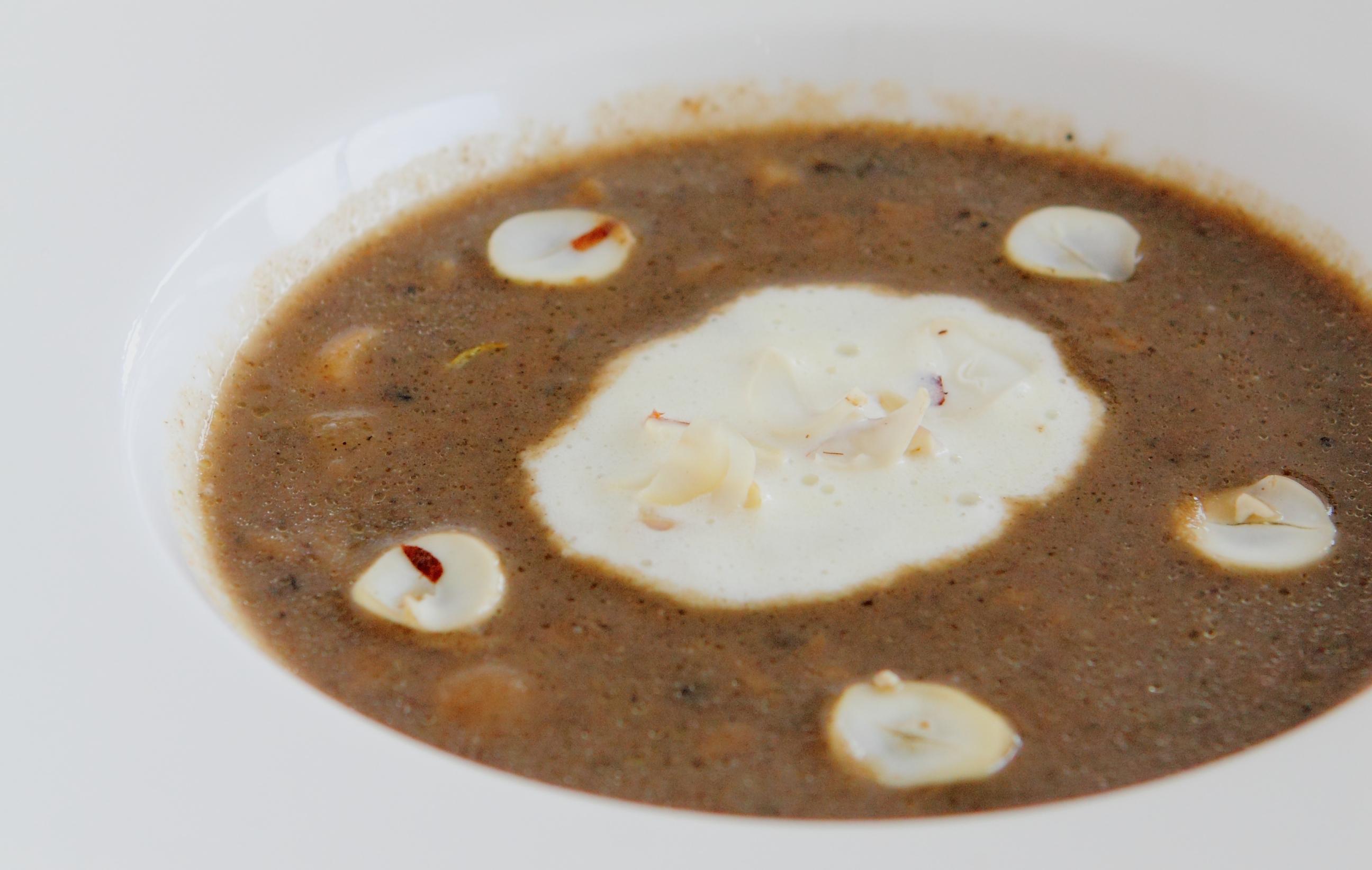 truffles mushroom soup