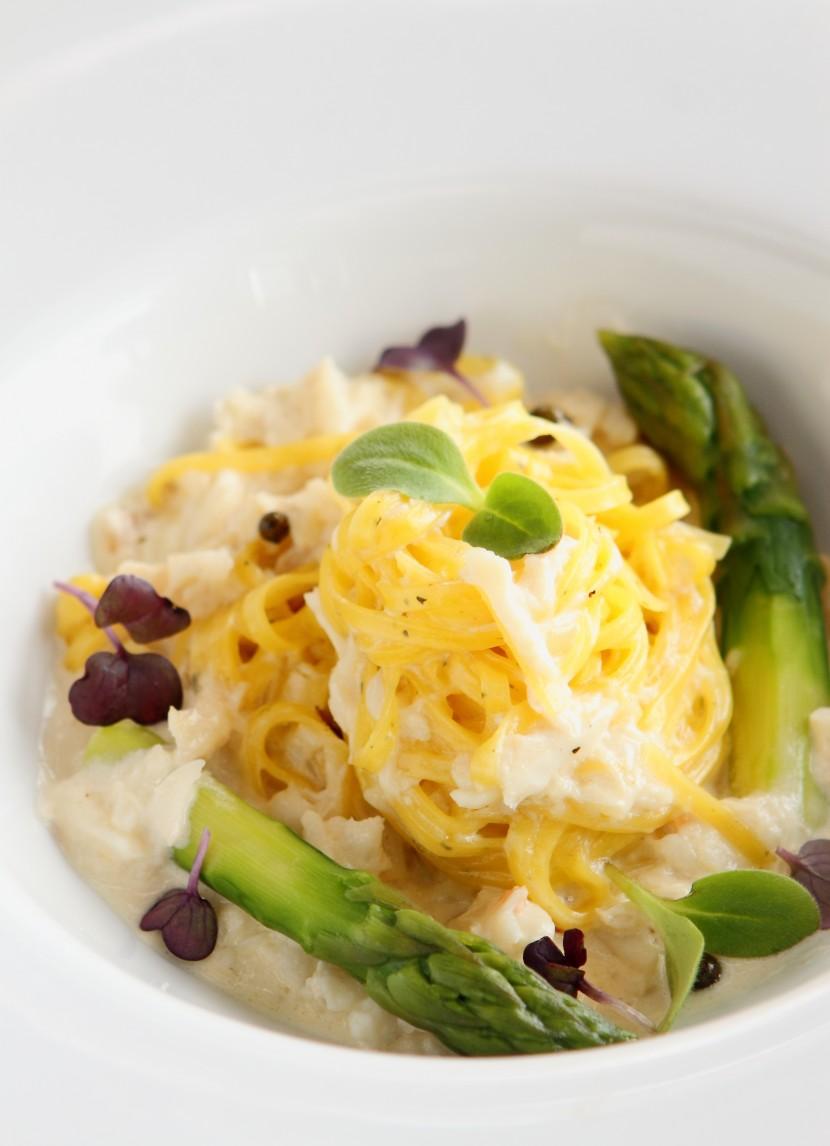Tagliolini with Crabmeat and Cream.