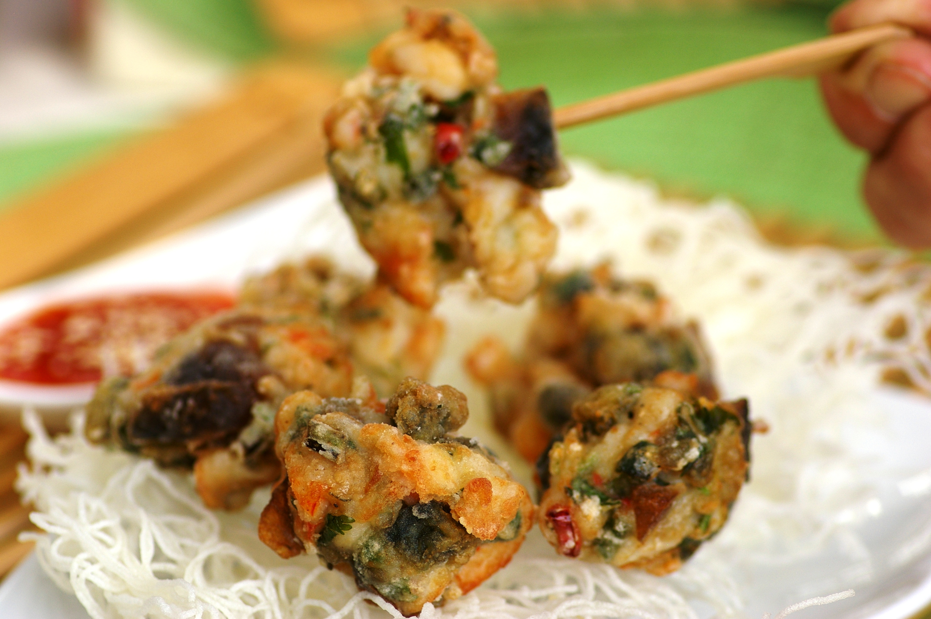 Deep-fried-Seafood-Balls-wth-Century-Eggs